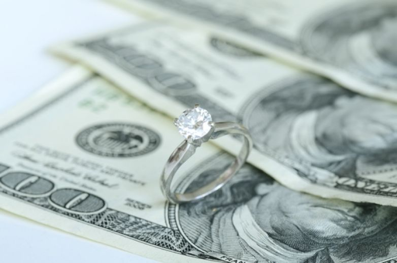 Payday loans or Sell Diamond Jewelry?